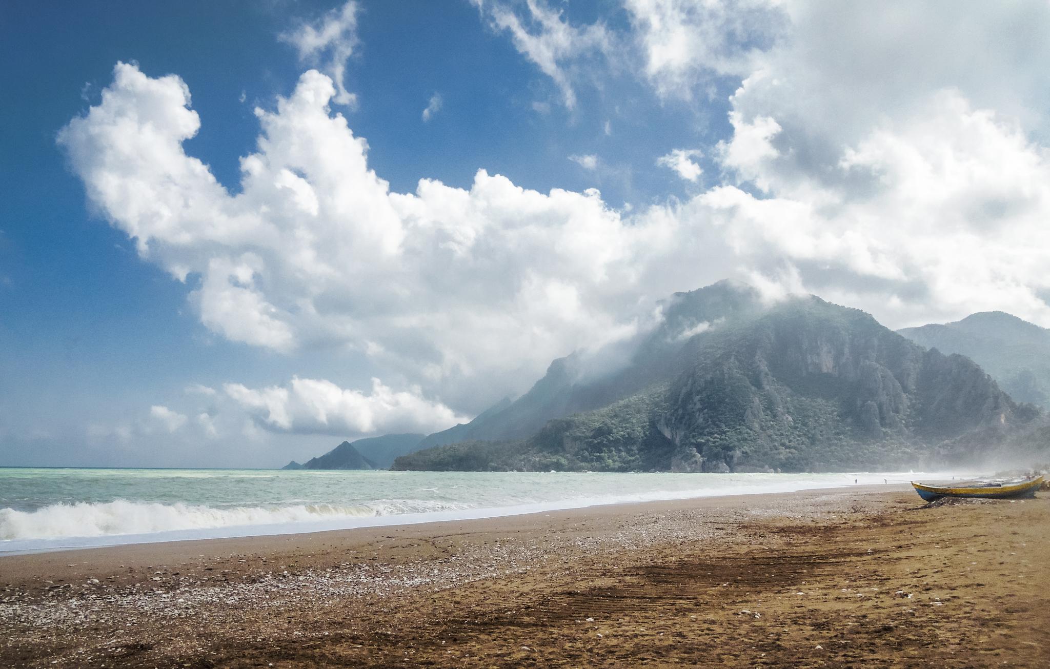 viena no skaistākajām neskartajām pludmalēm – Çıralı (foto)